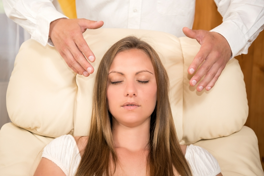 What is Hypnotherapy - woman in trance